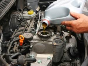 профессиональная замена масла в двигателе
